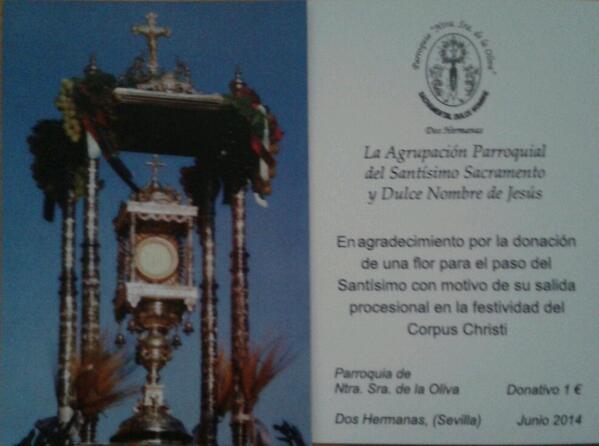Estampas con la Custodia parroquial como donativo de flores para los pasos del Corpus