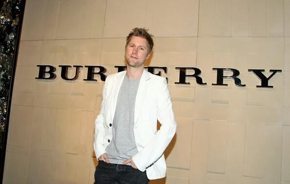 It's getting VERY close to CEO time for @Burberry's Christopher Bailey... http://t.co/1qJSRzum7e http://t.co/wxsjVfWnuO
