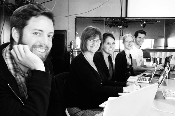 Helloooo Toronto! Meet our #yyj team: @parfit @mlwakefield @tamar_taylor @TheRagingKucing #fortheghosts http://t.co/xvJSeHz7VD