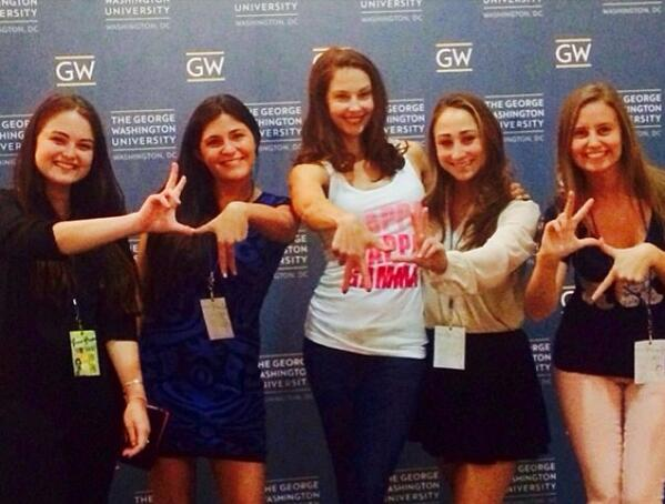 ashley judd famous celebrity greek sorority sister rush kappa kappa gamma