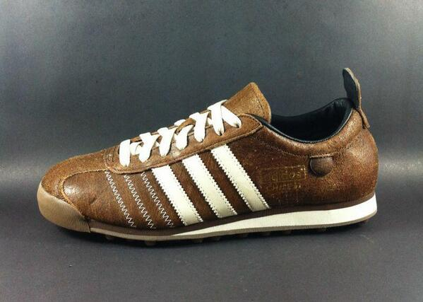 Adidas Chile62 brown leather size 41 44 order sms 081280360923 @kickSolution @solessolution<br>http://pic.twitter.com/NH608qcD8s