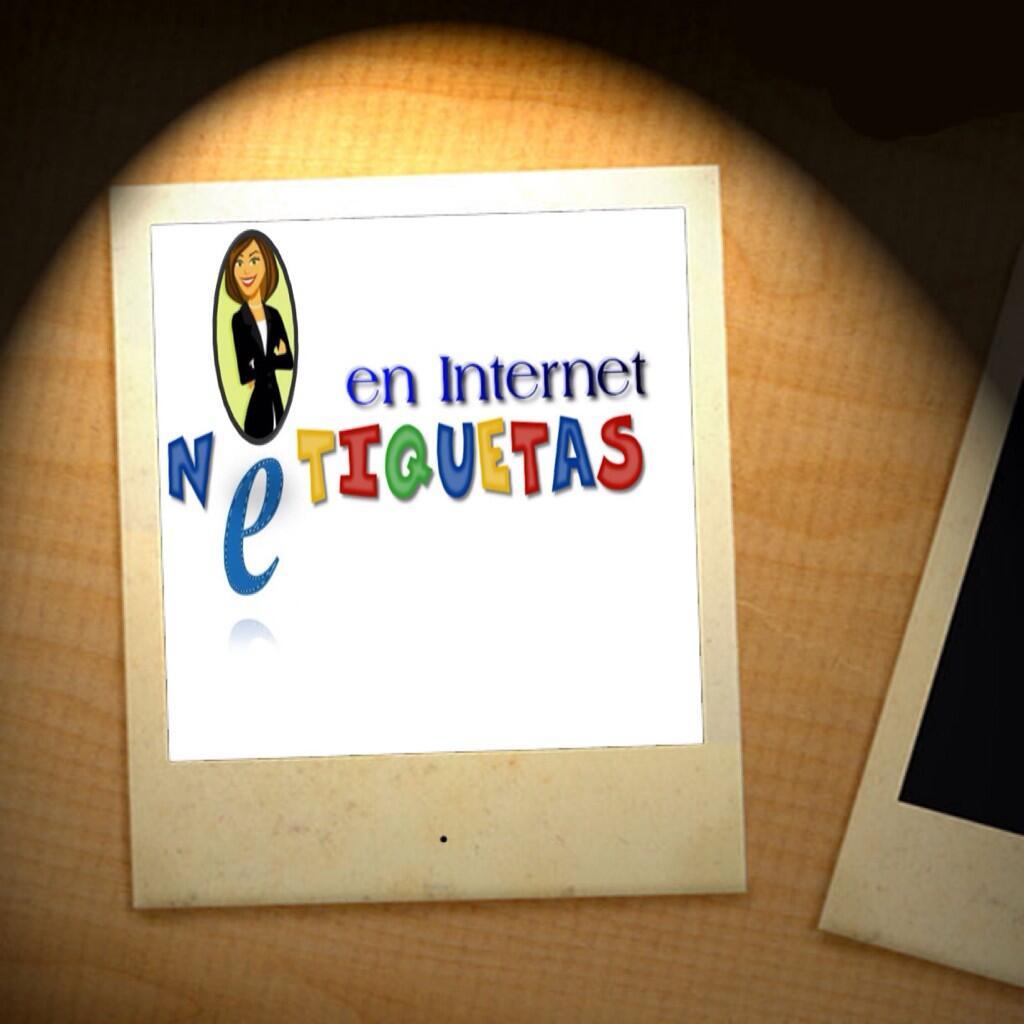 Hoy un tema que les ayudará a comportarse mejor en internet. A las 11:30am en @unikradiord o por Tunein Radio. http://t.co/K3DcrqvUuo