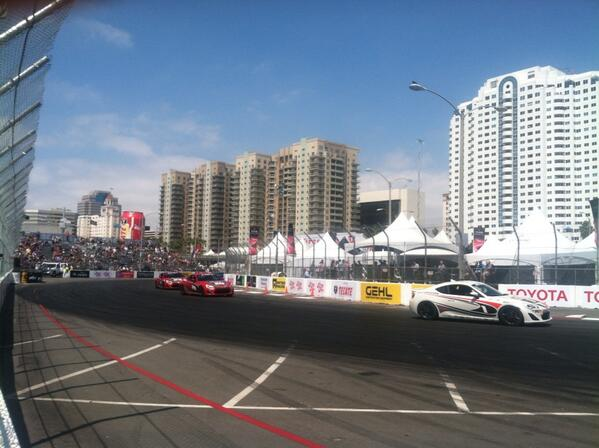 Opening lap of the pro/celebrity race #tgplb40 http://t.co/a0PnfXFkoQ