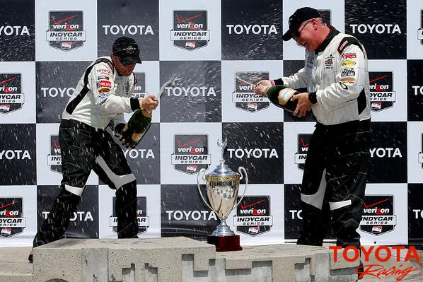 CHAMPAGNE! Winners @BDavv and @AlUnserJr spray victory champagne after winning their classes in the #ProCeleb race http://t.co/xSnWKECgoE