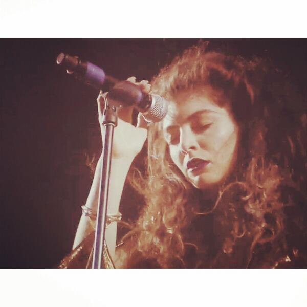 @LordeNews coachella http://t.co/9eXlp38Uo8