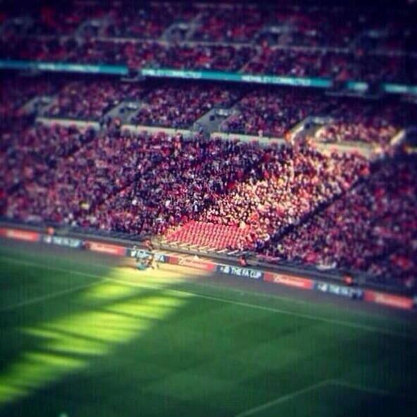 RT @abbie_trotter_5: Sun shining on the 96 seats left empty yesterday, this is powerful #JFT96 #YNWA http://t.co/PVvwPt7Hsc