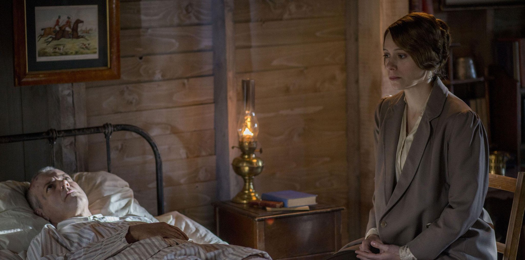 Twitter / Sherlockology: UK: #RupertGraves guest stars ...