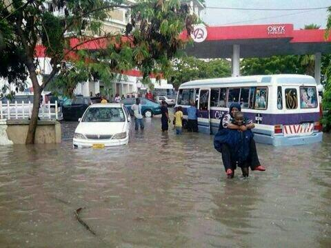 Twitter / AmakeAlice: #Dar #Tanzania flooded heavy ...