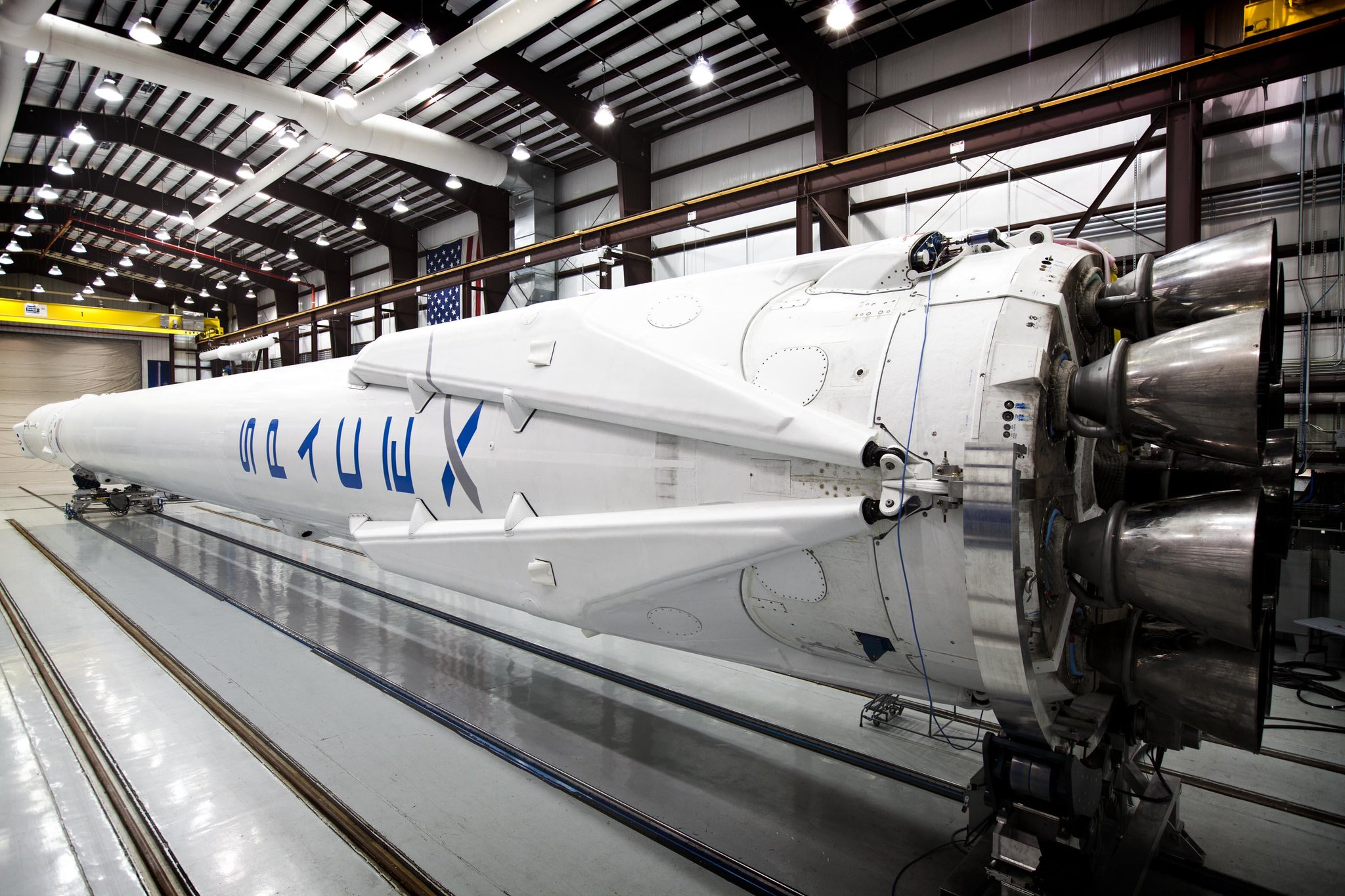 (Space X): Lancement Falcon 9 V1.1 (CRS#3) 18.04.2014 - Page 6 BlIDkwYCUAAiWXz