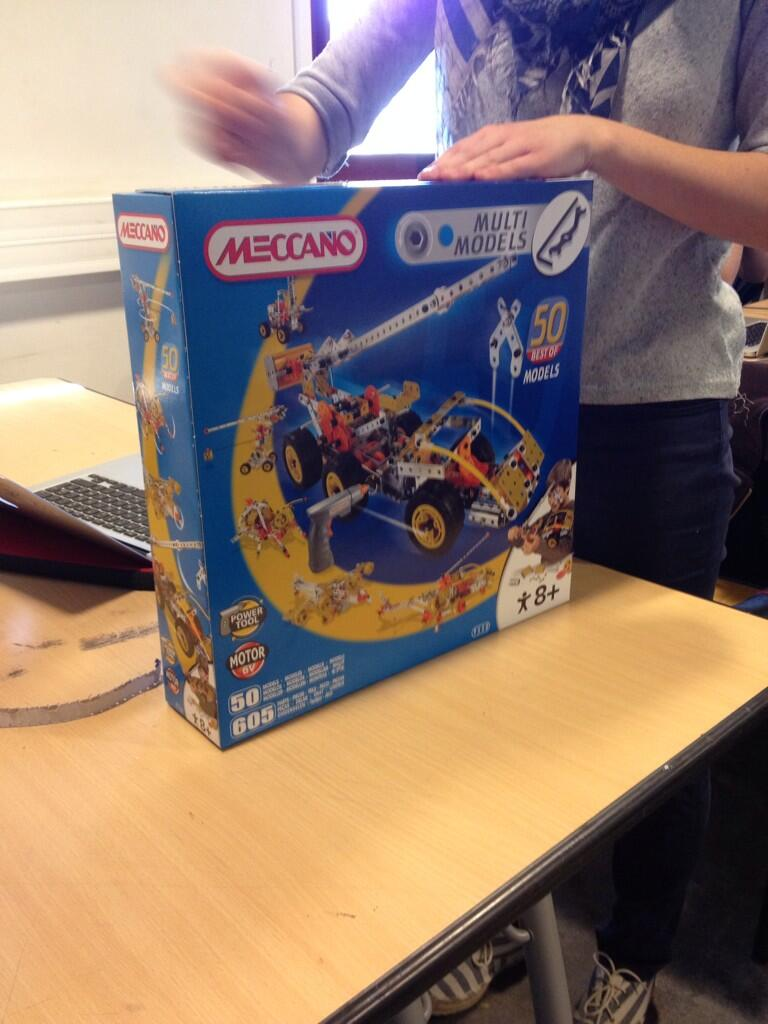 Twitter / Isaline_B: Lancement workshop Meccano ...