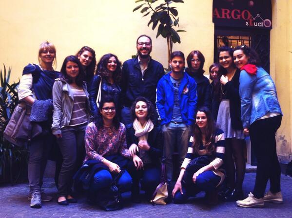 La classe di #comunicateatro #allinU25 al completo! @ALL_IN_Under25 @DominioPubblico @ArgotStudio http://t.co/0IoFxTPhB1