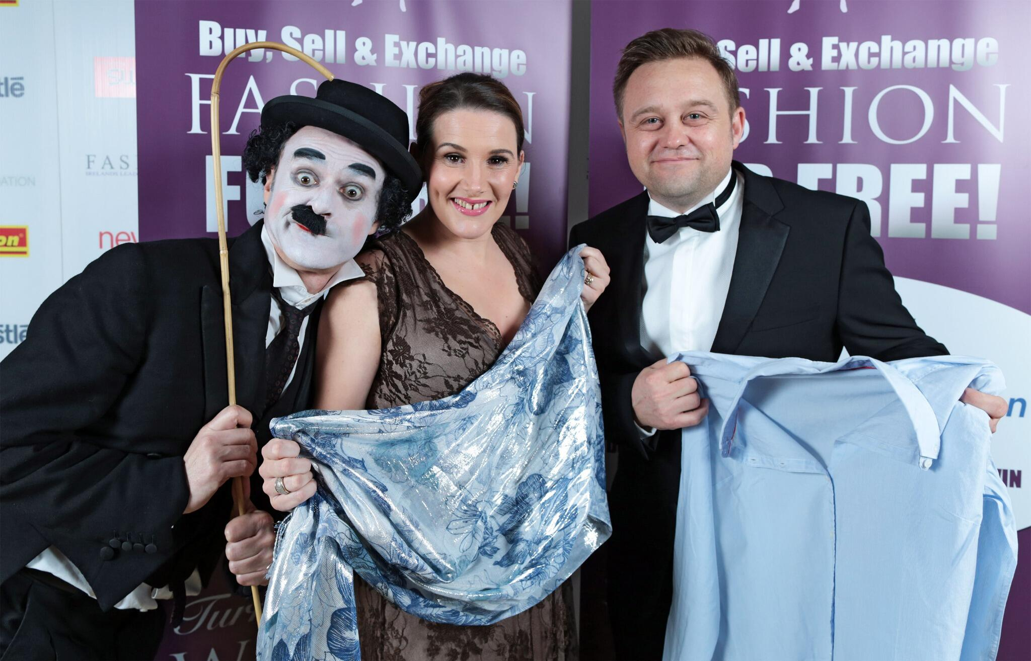RT @fashion_ie: X-Factor Sam Bailey gives signed clothing to help Irish Autism  Action Click here http://t.co/F5ZK5veu7V PLZ RT xx http://t…