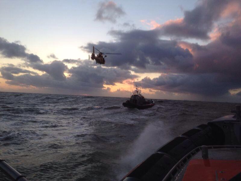 Opnieuw onderkoelde kitesurfer gered uit zee