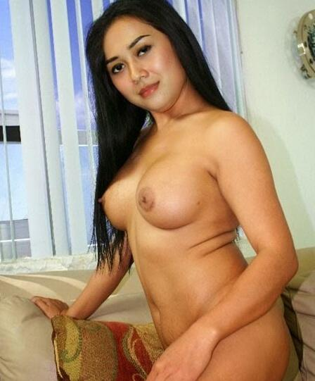syahrini-nudes-nude-male-nature