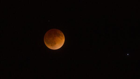 Here's my latest photo of the #BloodMoonEclipse. http://t.co/7T2ZYKorOa