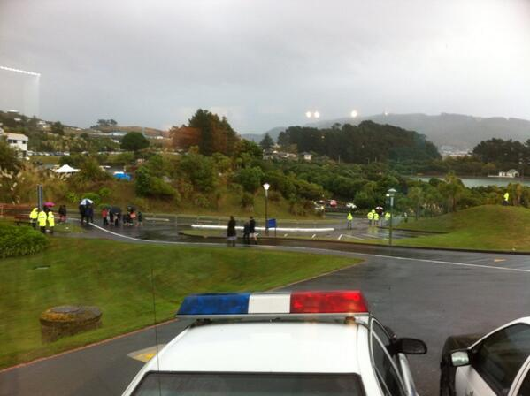Bucketing down at Police College ahead of royal visit here at 10 . http://t.co/YkqFC5ZN8V