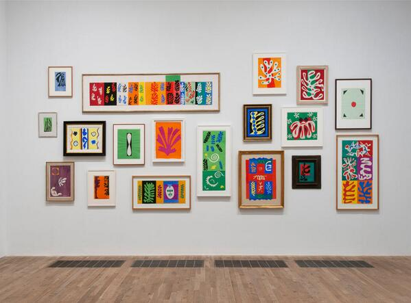 Room 5: Small cut-outs bring you back to Matisse's studio walls in Vence. #TateTour http://t.co/YglyJeAPjz