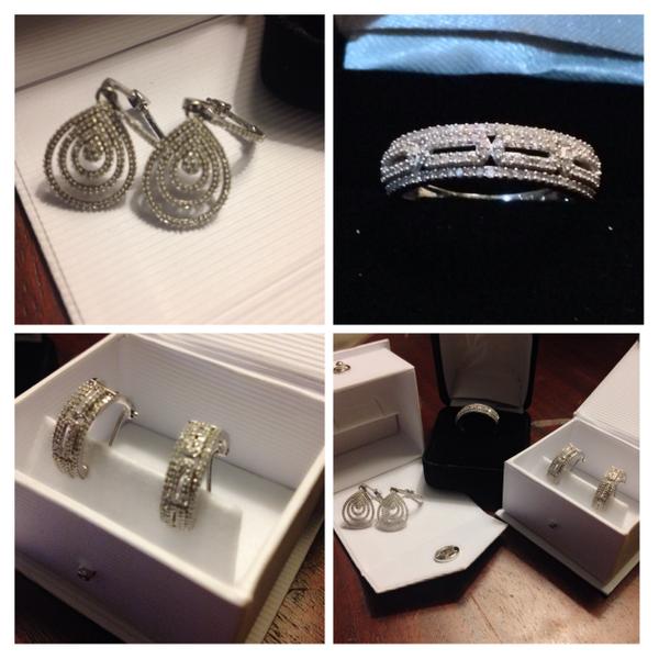 Gracias a @SolDeOroJoyeria por estas piezas hermosas para mi en @PremiosGalardon http://t.co/4RDOFQqjdv