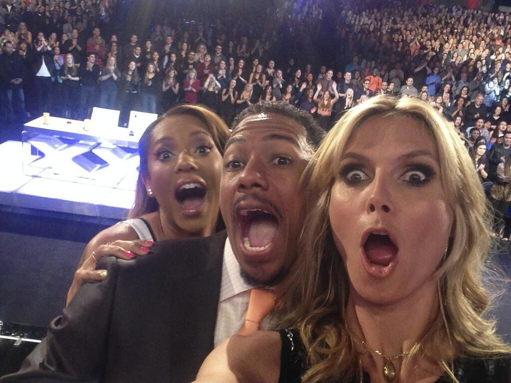 RT @nbcagt: Be part of our next audience selfie! Get FREE tickets to #AGT next week in Hollywood! http://t.co/DQqOdIi4tV http://t.co/zHfV6e…