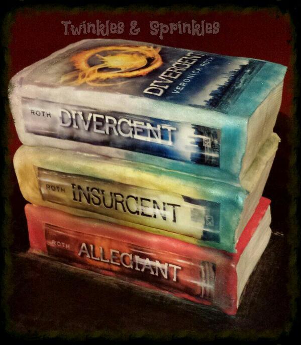 Twinklessprinkles On Twitter Favorite Cake Of The Week Divergent