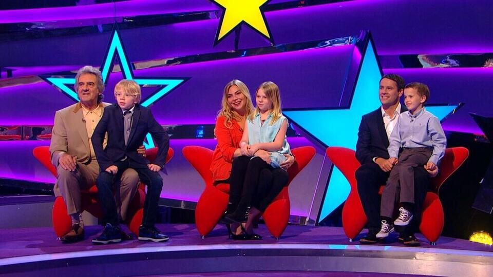 A great show tonight on #bigstarslittlestar at 8 o clock on @ITV @themichaelowen @sam_womack and David Dickinson!!! http://t.co/vFYgtC3Nv4