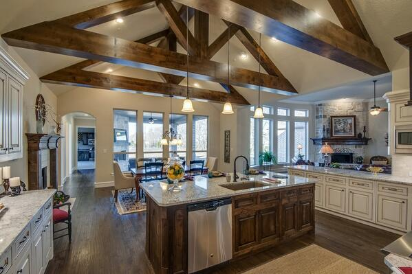 Image Gallery Homes With Cathedral Ceilings