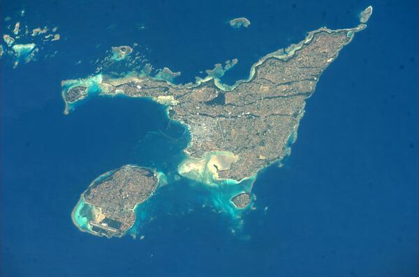 ISSから撮影した宮古島、伊良部島です。 pic.twitter.com/LaQPrURSuy