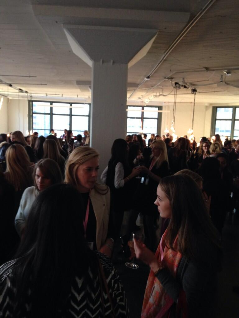 Party is in full swing! Packed room. #wimmihavas @WIMMIOfficial http://t.co/1pS0d5tc7z