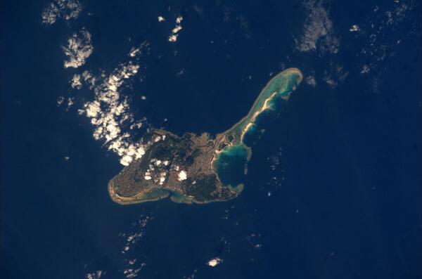 ISSから撮影した久米島です。 pic.twitter.com/LxlJSXhq6e