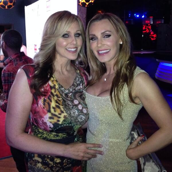 Congrats @therealJuliaAnn on hosting the @XRCOAwards at @ohmnightclubla! My money is on @TanyaTate for the #WIN!! Xo http://t.co/nmYMGq2o63