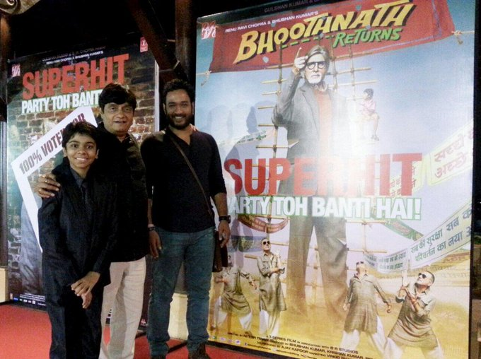 Bhootnath return success party. http://t.co/LAZcOGqcKm