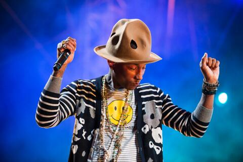"According to @Pharrell's stylist @MARIELhaenn, ""The hat was totally him."" http://t.co/3AOhJQdXIY http://t.co/Hdy4Ba041N"