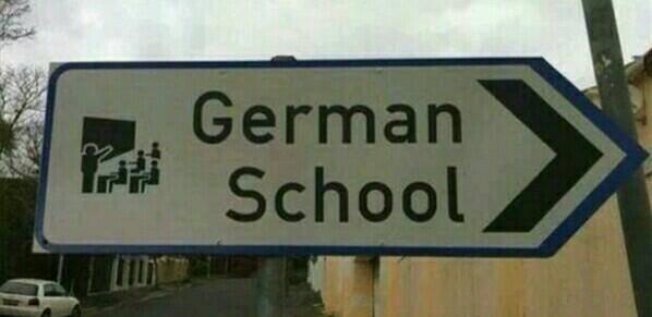 Heinweisschild Deutsche Schule in Kapstadt Südafrika