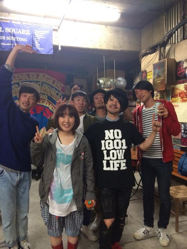 僕達市川芸人です! http://t.co/4iL7M9w0oT