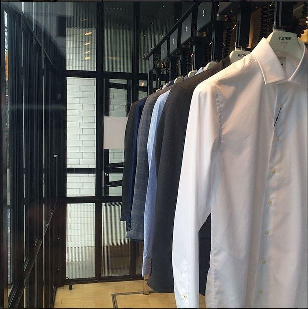 Looking for the right shirt & suit combination? Our #Toronto store shows off some suggestions for your summer events http://t.co/y3yi6sLpnO