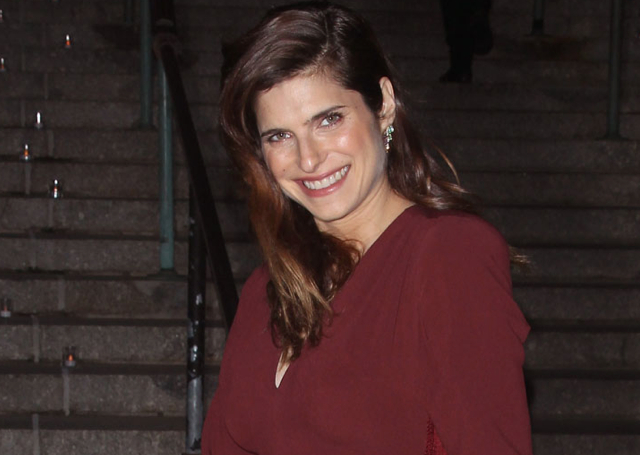 SO EXCITING! Lake Bell is pregnant! http://t.co/49x8zb0ZVE http://t.co/OxNbV3Ksbx