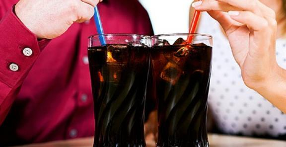 .@KitchenDaily has 5 great reasons why you should kick that diet soda habit: http://t.co/2x9dUmkWKF http://t.co/4edlUyHHqS