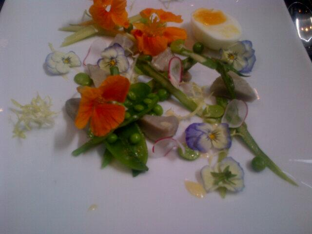 Wonderful Garden Salad with pansies+ nasturtiums at Haberdashers Hall to celebrate Feltmakers Hat Design Award 2014 http://t.co/zN5FhiicfS