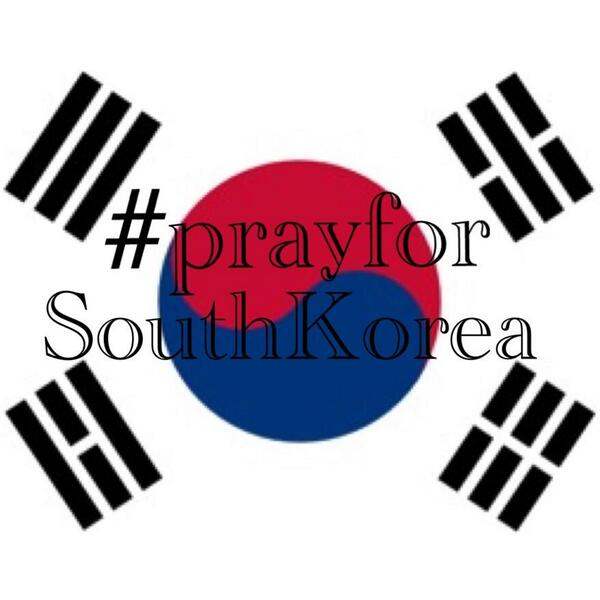 Please pray for the victims and families involved in the ferry accident in Korea http://t.co/GtwqLI6Qfo