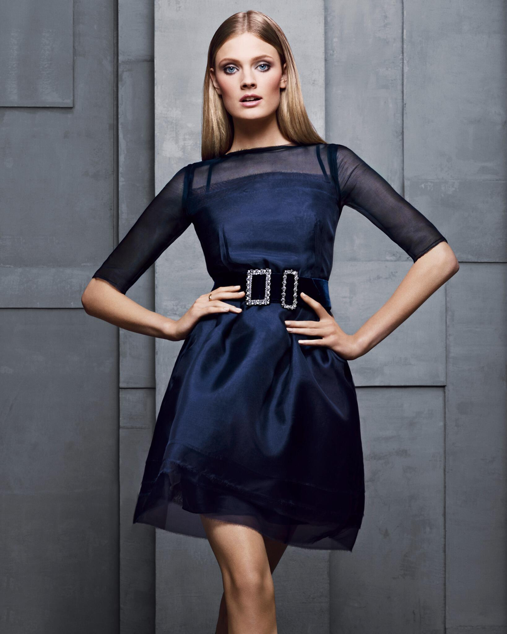 RT @EsteeLauder: Happy Birthday to our beautiful spokesmodel @constancejab! http://t.co/wX4i3stg9o
