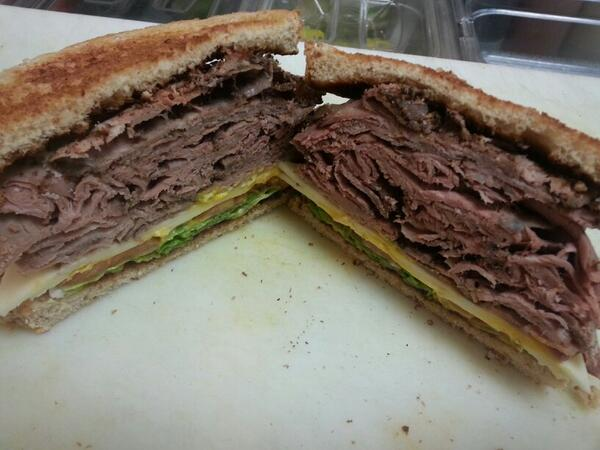 @HAMS_DELI_ rolls like this @ lunch! U can have this daily @ your wrk 2. #MicroMarket.Contact @32Market 4 info in STL http://t.co/dydDKwrRud