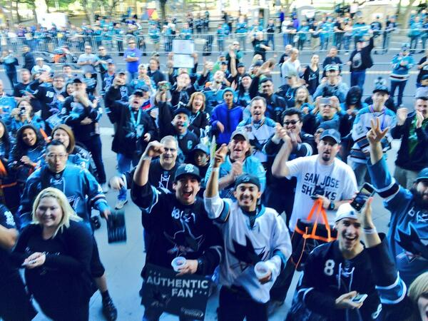 We're playoff rallyin' @SAPCenter ! http://t.co/UkVZ7XujZZ