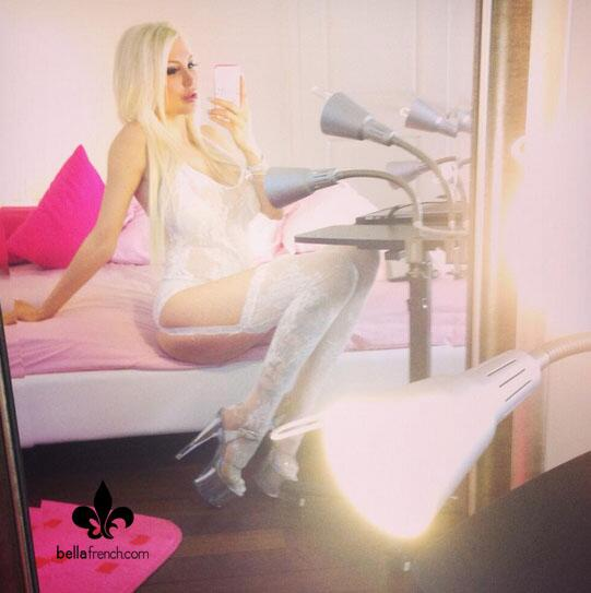 Bella French  - I'm excited twitter @bellafrench69 blonde,camgirl