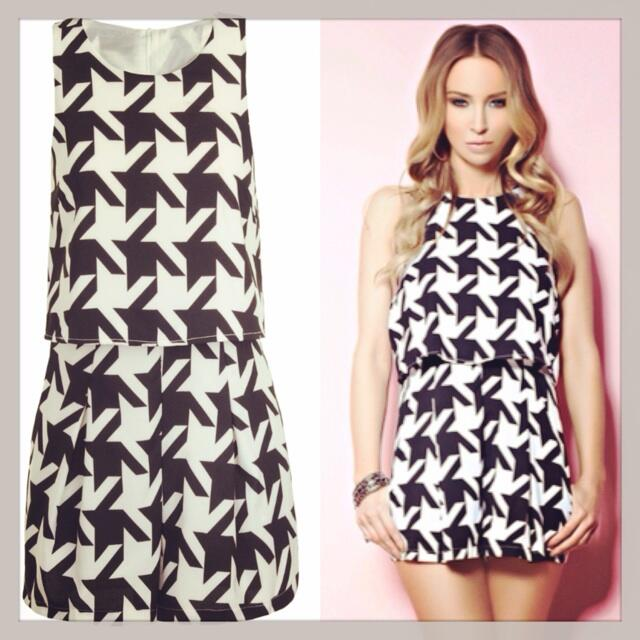 RT @inthestyleUK: In ❤️ with this houndstooth #playsuit from the @laurenpope collection! Plus get 10% off using code BYLAURENPOPE http://t.…