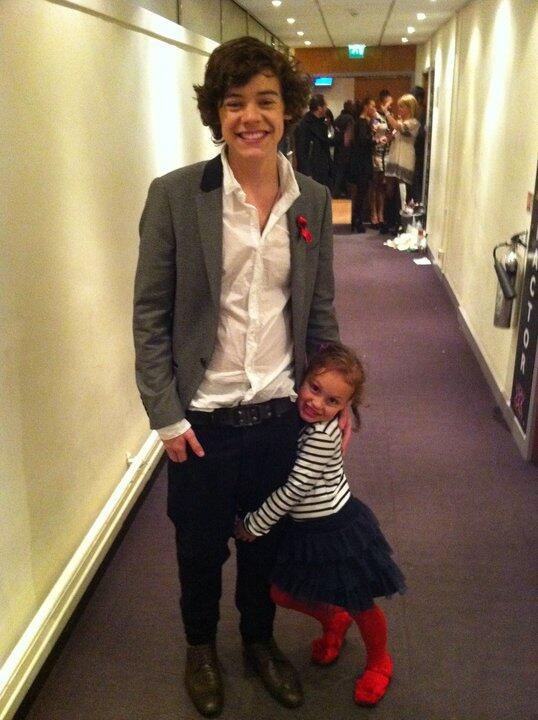 throwback lillie and harry bkstage x factor http://t.co/URpSQU7l3f