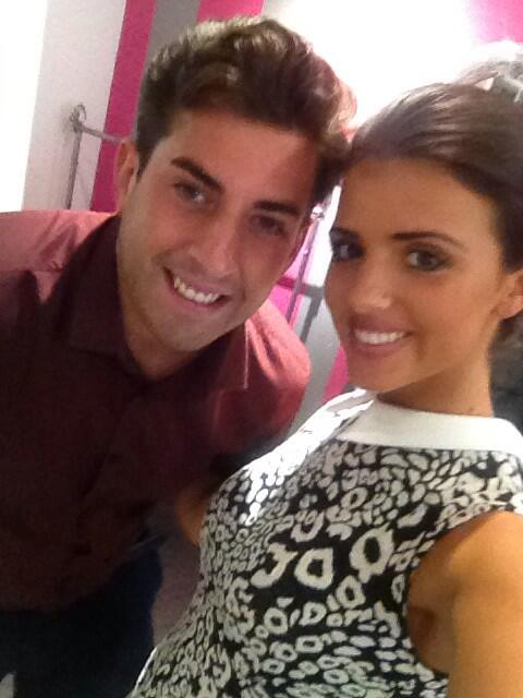 Look who popped into @lucys_boutique .. @RealJamesArgent 😘 http://t.co/Kbe6KzRzL1