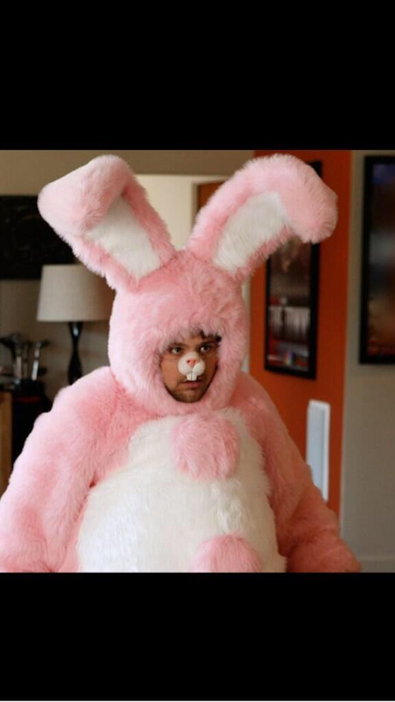 Happy freakin Easter everybody. http://t.co/yKTmZFCAew
