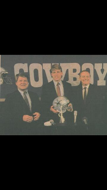 Cannot believe it was 25 years ago today that I signed w the Cowboys! http://t.co/tzIkixBMST