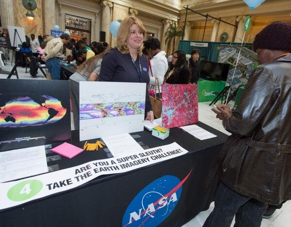 DC: Visit Union Station Mon & Tues to celebrate #EarthDay with #NASA http://t.co/xqSH1AD95y    #EarthRightNow  http://t.co/TRmTkmmvYP