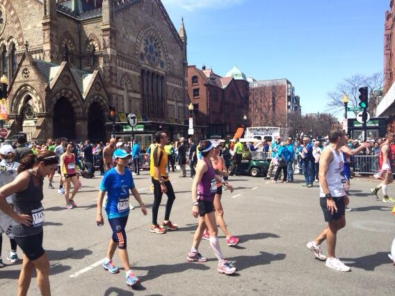 Hundreds finishing #BostonMarathon now. #WLMarathon http://t.co/2swDjyfM71